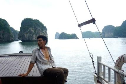 Vietnam, baie d'Halong, le cuistot