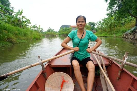 Vietnam, Tam Coc, rameuse