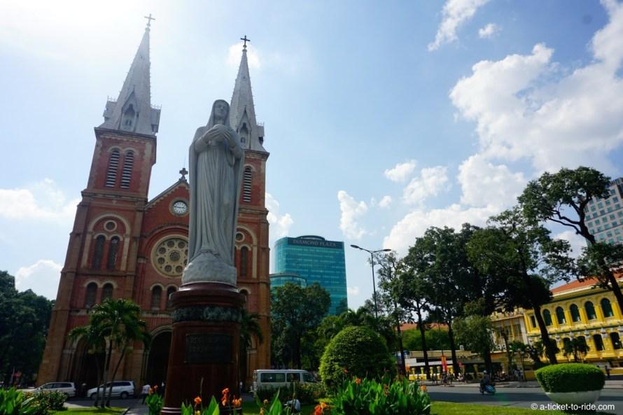 Vietnam, Ho Chi Minh Ville, cathédrale Notre-Dame