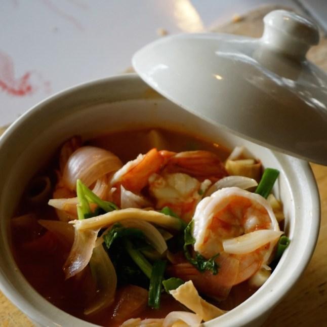 Thaïlande, Chiang Mai, soupe aigre douce aux crevettes