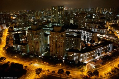 Singapour, by night