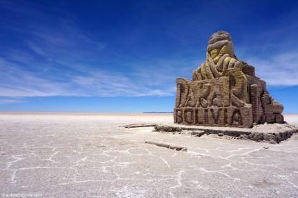 Bolivie, Salar d'Uyuni, monument du Dakar