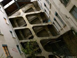 Lyon, Croix-Rousse, la cour des Voraces