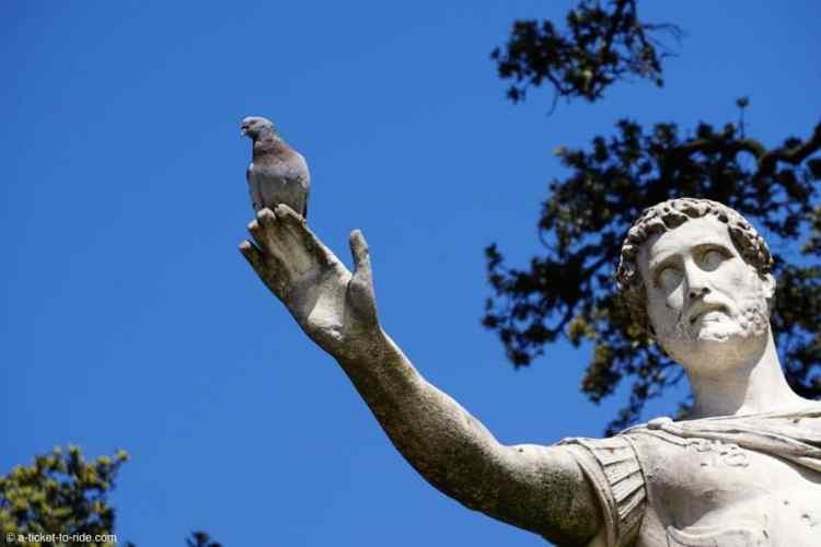 Nimes-statue-romaine