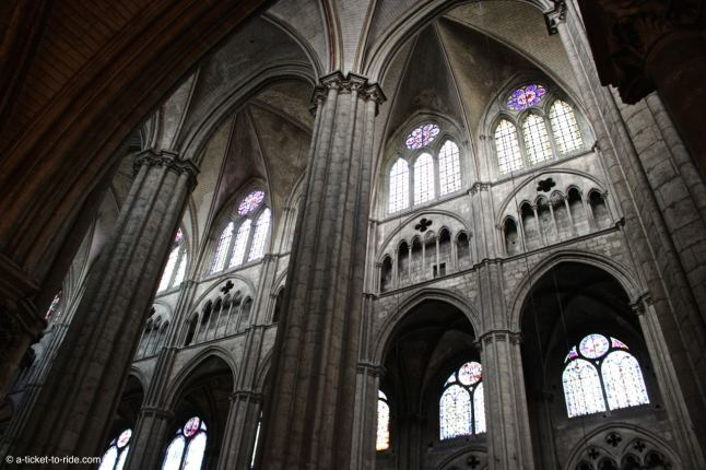 interieur cathedrale-bourges