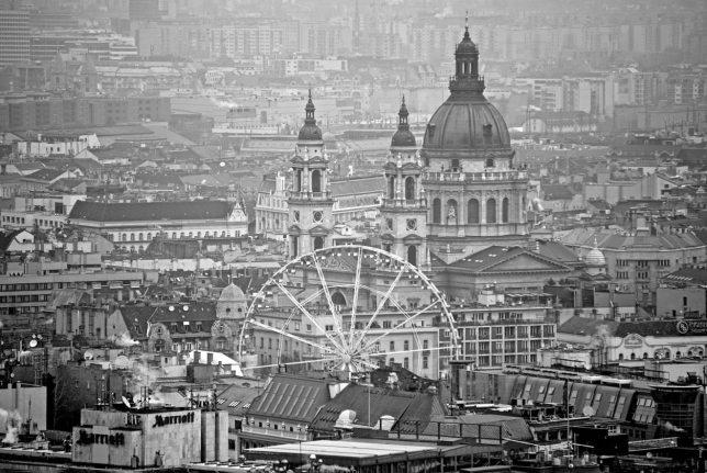 budapest-grande-roue-parlement