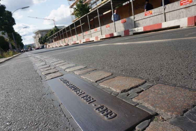 Berlin, tracé du mur au sol