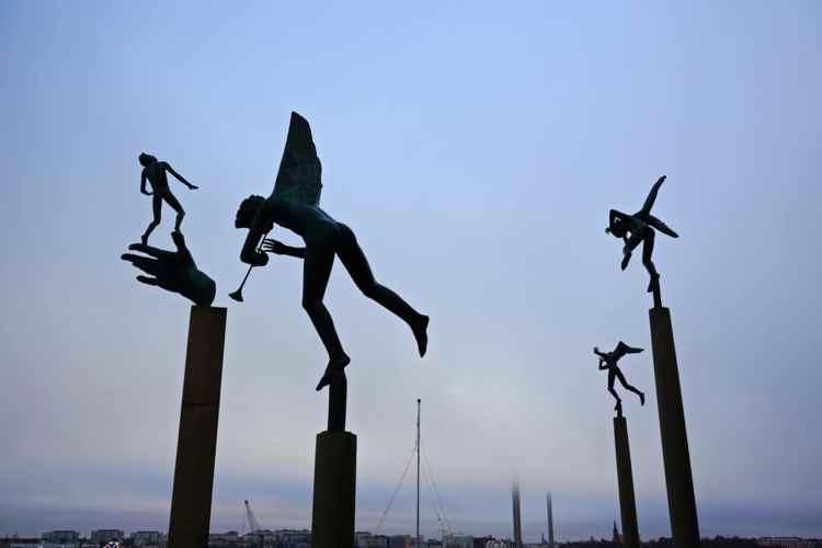 Stockholm, Miles Garden, statues