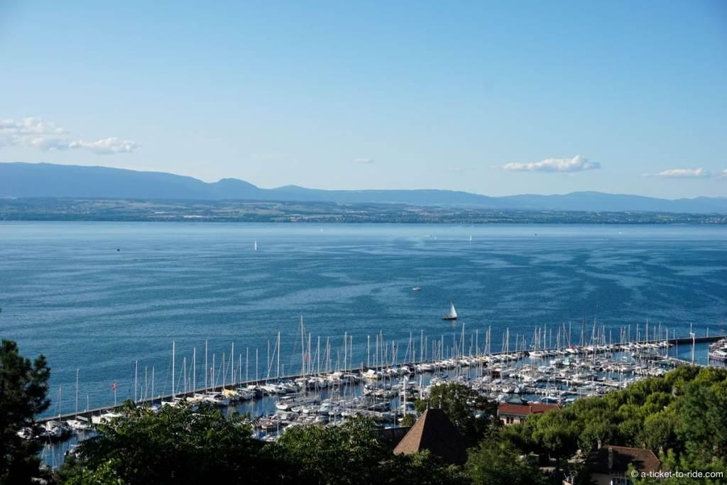 Thonon-les-Bains, vue sur le porte et le lac Léman