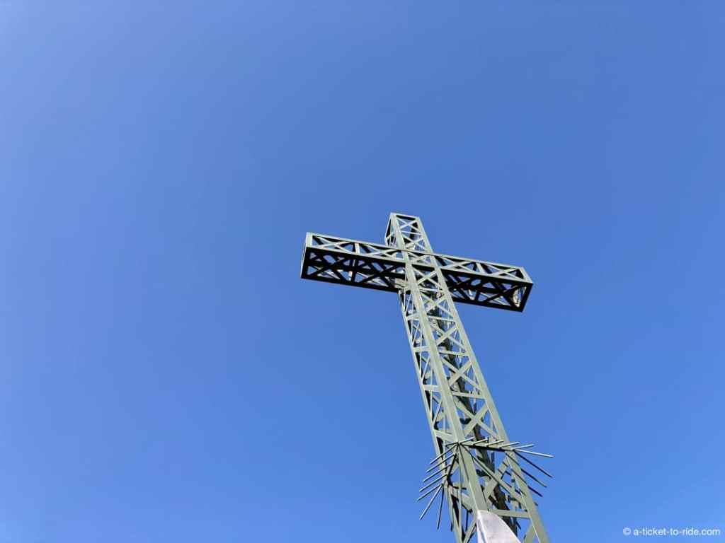 Croix au sommet du Pic Saint-Loup