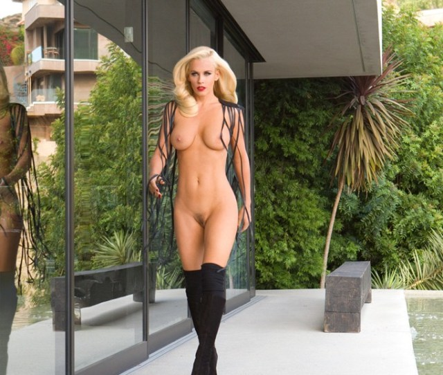Playboy Playmate Jenny Mccarthy Posing Nude In Garden And On Terrace