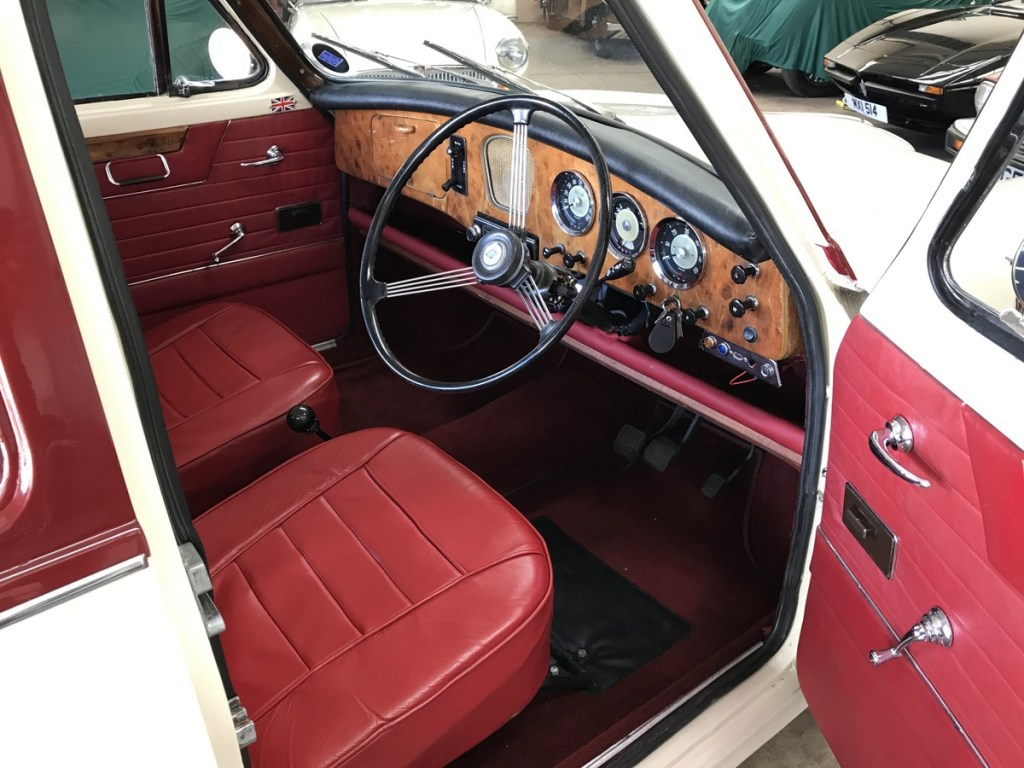1961 Riley 1.5 with many sensible upgrades - Superb 3