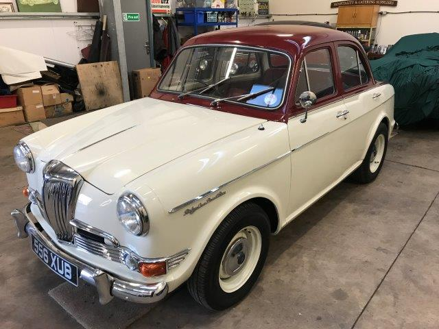 1961 Riley 1.5 with many sensible upgrades - Superb 6