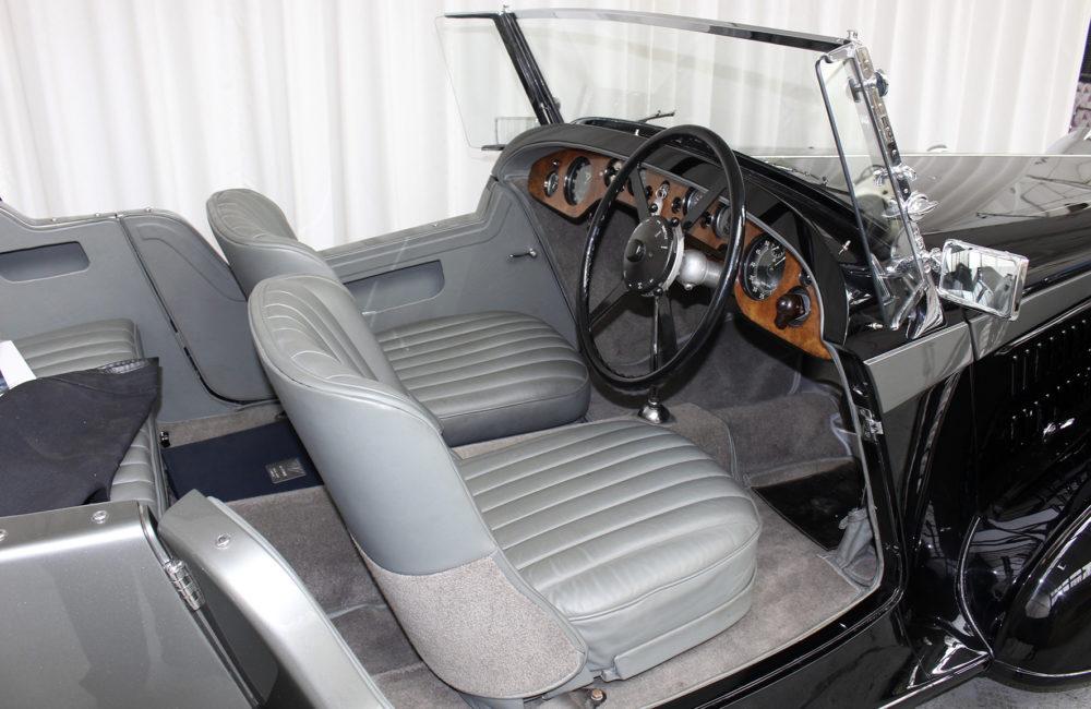 Alvis 4.3 4 - Adv RT Seats, Dash