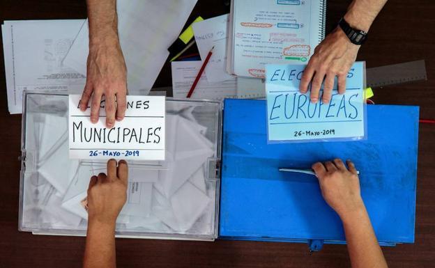 elecciones-urna-kaoG-U8039093250eNB-624x385@Las Provincias