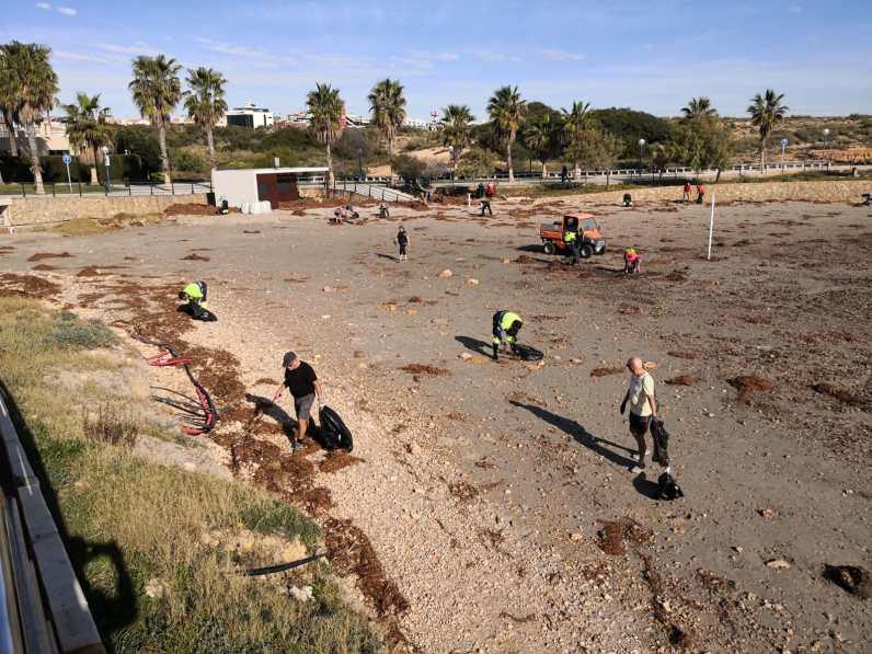 Fotos Limpieza Playas Orihuela Costa (2)