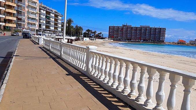 Torrevieja-abre-sus-playas-2