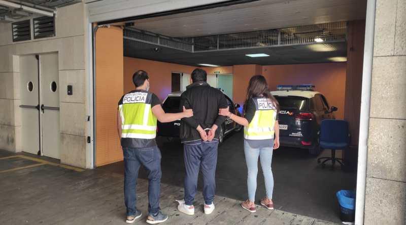La Policía Nacional detiene a dos personas por sustraer joyas valoradas en 60.000 euros y estafar en varias joyerías de la provincia de Alicante
