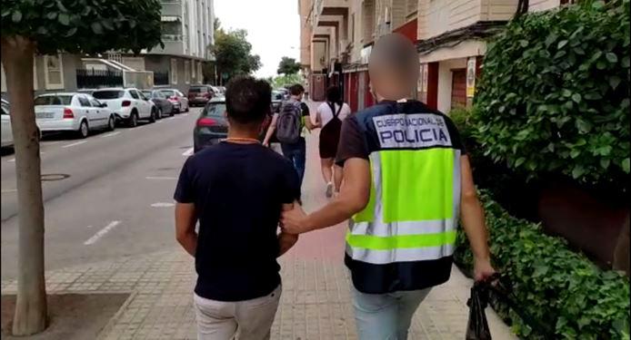 La Policía Nacional ha desarticulado una organización criminal dedicada al allanamiento y ocupación de viviendas que después realquilaban por 3.000 euros
