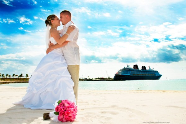 Beautiful cruise wedding