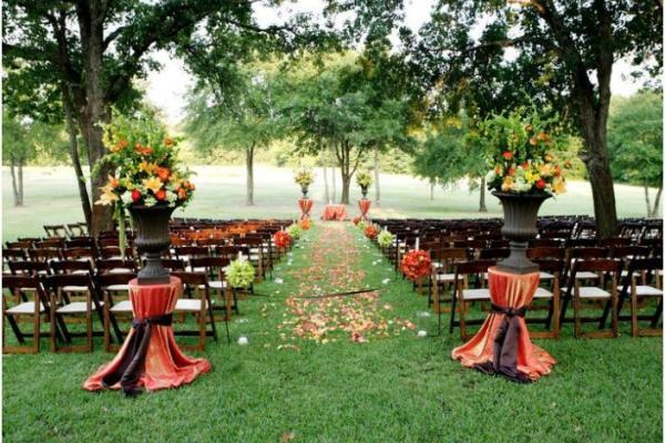 Outdoor-wedding-trends