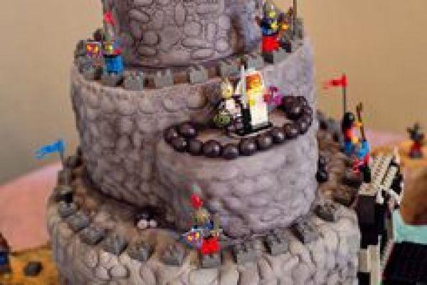 Medieval theme wedding cake