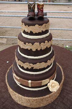 Natural-hued Butter Cream Cake for Wild West Wedding