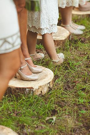 wood-stumps-for-'maids-backyard-wedding-A2zWeddingCards
