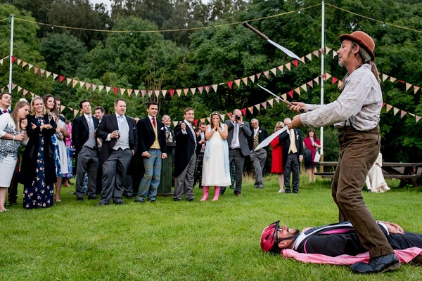 wedding_live_entertainer-A2zWeddingCards