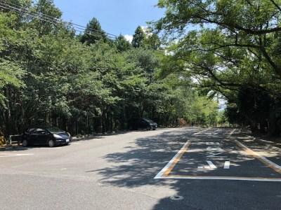 岩間寺 駐車場