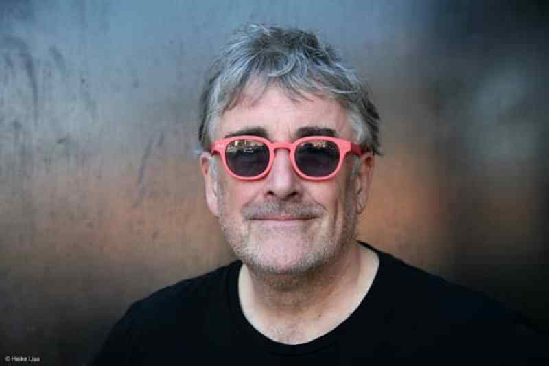 Fred Frith (photo by Heike Liss)