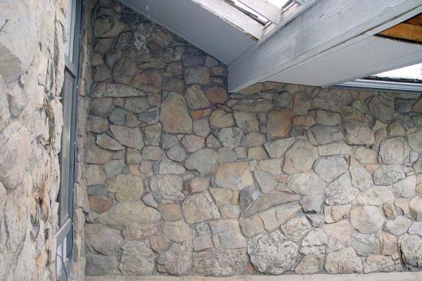 Moss Rock House