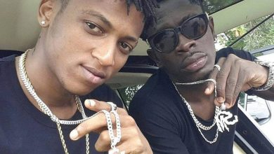 Photo of Shatta Wale is Ungrateful – Ara B