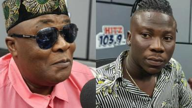 Photo of Stonebwoy speaks about Willi Roi's death; sympathises with family