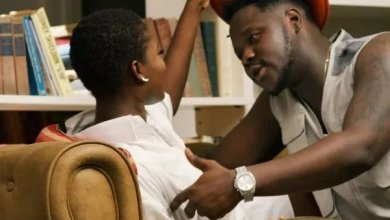 Photo of Strongman reacts to Fella Makafui, Medikal break-up