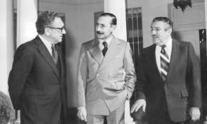 Kissinger e Videla na Copa de 1978: Operação Condor como exemplo para os europeus. Foto: Papelitos