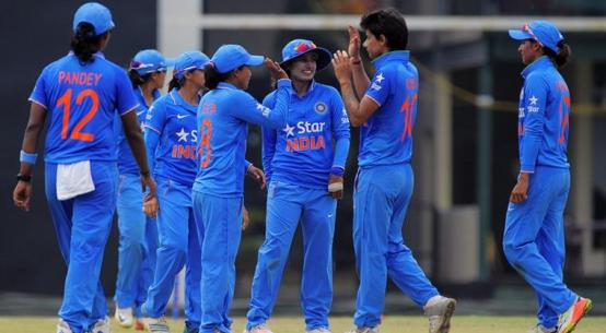 india beats pakistan in women cricket in semi final