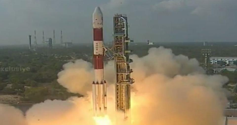 china said india is still much backward even after isro launched 104 satellites in space in a single flight