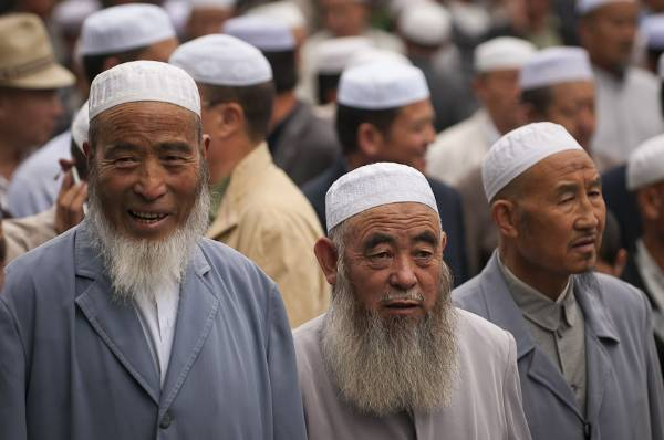 china takes a major step for removing bad thoughts about islam इस्लाम from people's mind