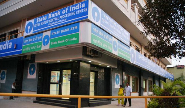 SBI reduce minimum balance