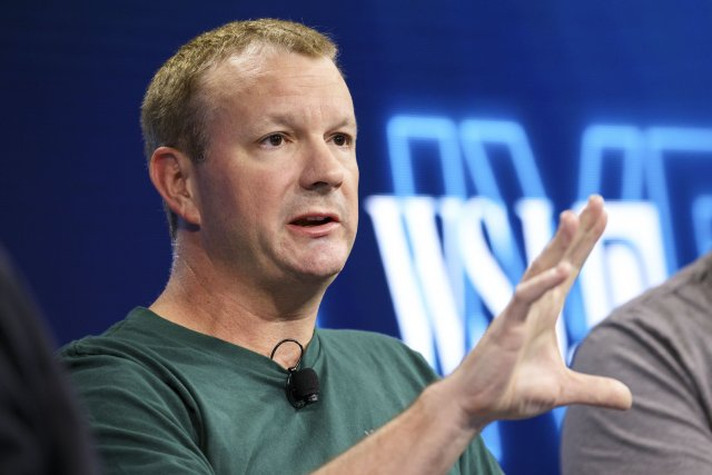 whatsapp co founder bryan acton ब्रायन एक्‍टन statement regarding deleting facebook