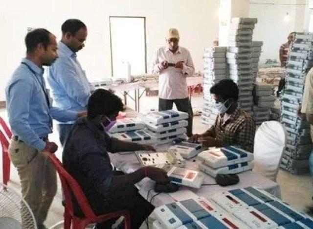 evm machine tampering during chhattisgarh elections ईवीएम
