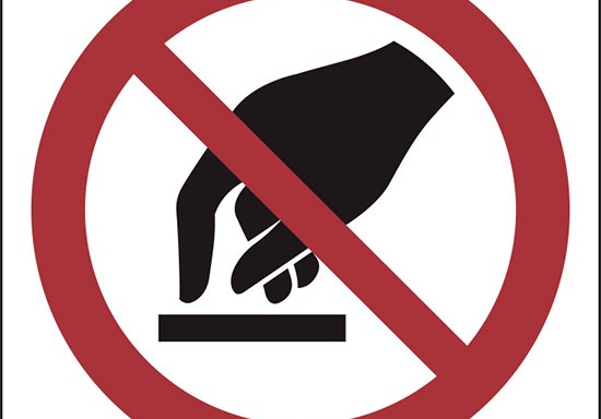 (non toccare – do not touch)