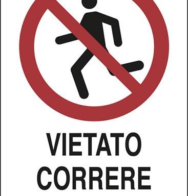 VIETATO CORRERE SULLE SCALE