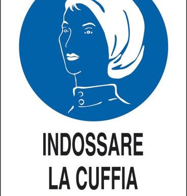 INDOSSARE LA CUFFIA RACCHIUDI CAPELLI