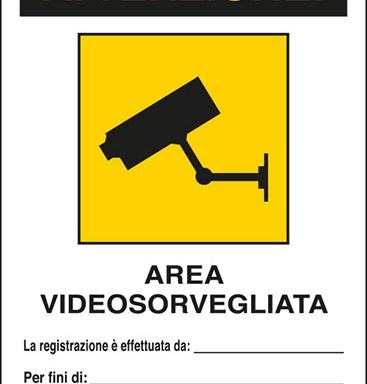 ATTENZIONE! AREA VIDEOSORVEGLIATA La registrazione è effettuata da:____ Per fini di:____ Art. 13 del Codice in materia di protezione dei dati personali D.Lgs. 101/2018 e del Regolamento UE 2016/679 (GDPR)
