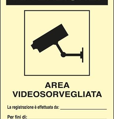 ATTENZIONE! AREA VIDEOSORVEGLIATA La registrazione è effettuata da:____ Per fini di:____ Art. 13 del Codice in materia di protezione dei dati personali D.Lgs. 101/2018 e del Regolamento UE 2016/679 (GDPR) lumiscente