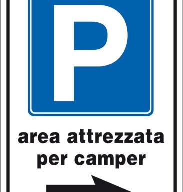 P area attrezzata per camper (a destra)