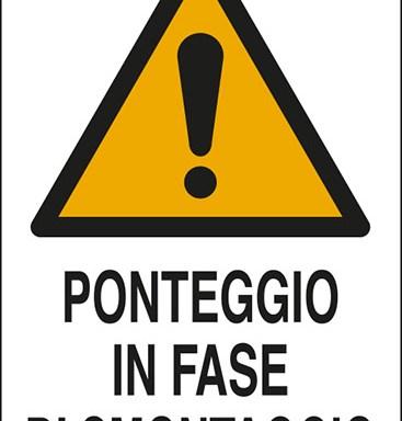 PONTEGGIO IN FASE SMONTAGGIO
