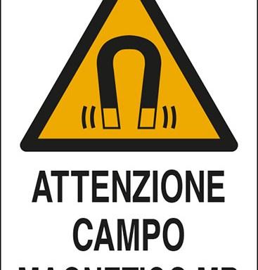 ATTENZIONE CAMPO MAGNETICO MR
